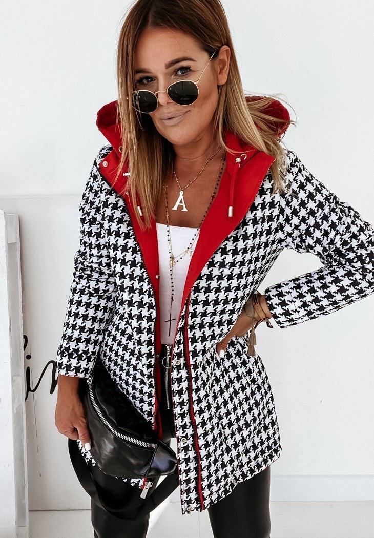 Зимняя женская куртка двухсторонняя с принтом гусиная лапка, с капюшоном и кулиской (р. 42-48) 41mku496, фото 2