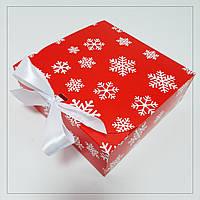 Коробка 170х170х60 мм червона новорічна