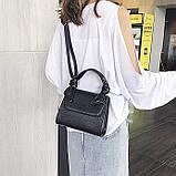 Женская большая квадратная сумочка на ремешке рептилия черная, фото 4