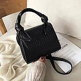 Женская большая квадратная сумочка на ремешке рептилия черная, фото 5