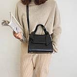 Женская большая квадратная сумочка на ремешке рептилия черная, фото 6