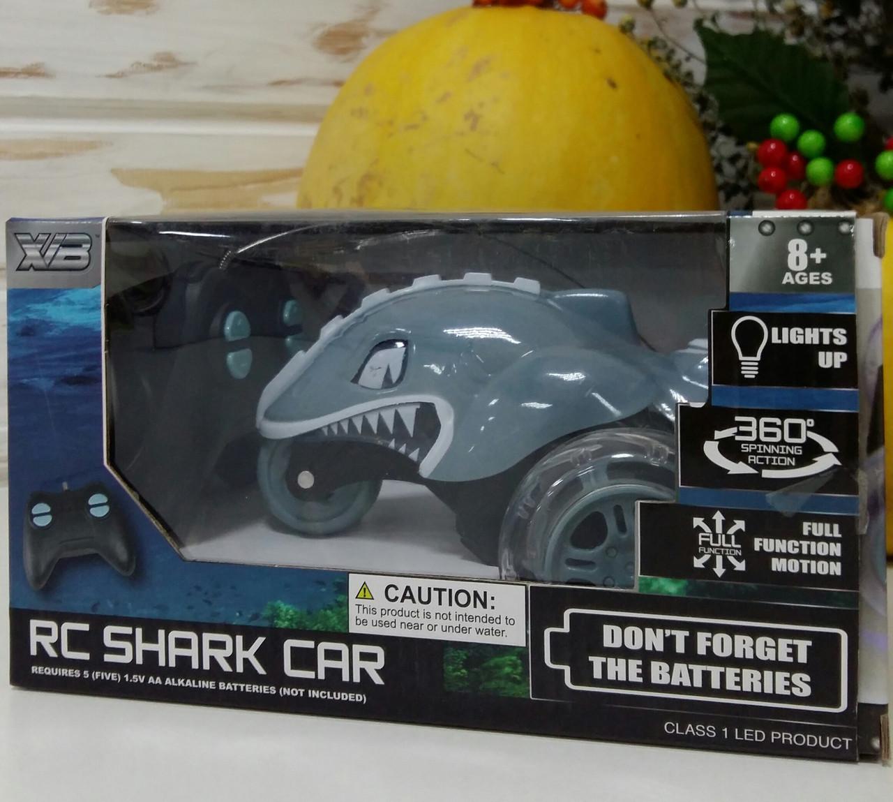 Машина 188-3 на радиоуправлении 15см, трюковая,свет, акула,на бат-ке,в кор-ке,