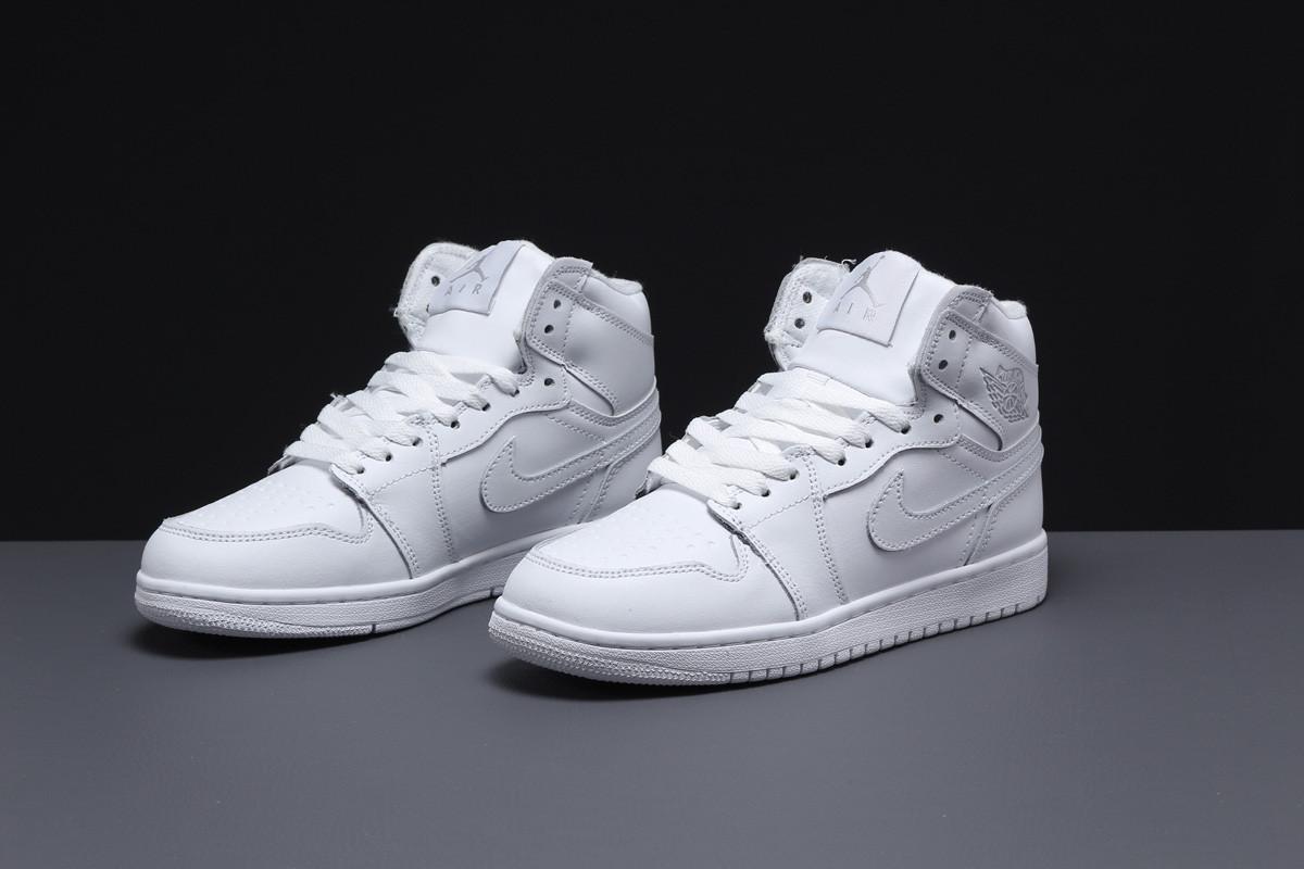Зимние женские кроссовки 31551, Nike Air Jordan (мех), белые, [ 36 40 ] р. 36-23,5см.
