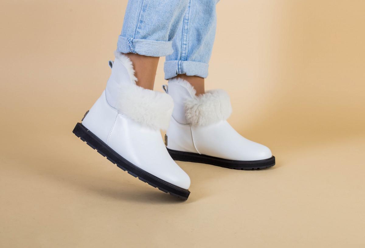 Женские зимние белые кожаные угги