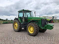 Трактор колісний JOHN DEERE - 8200