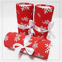 Коробка кругла новорічна червона