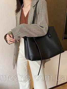 Жіноча стильна шкіряна сумка на плече великого розміру чорна