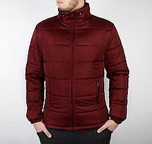 Мужская зимняя куртка с капюшоном бордовая