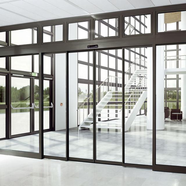 Скляні телескопічні автоматичні двері
