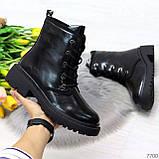 Черные лаковые зимние женские ботинки в классическом стиле, фото 10