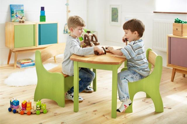 Столики и стульчики для малышей