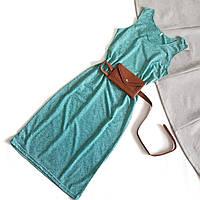 Базовое светло-зеленое летнее женское платье без рукавов