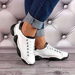 Женские кроссовки на шнуровке кожаные, белые   V 1339