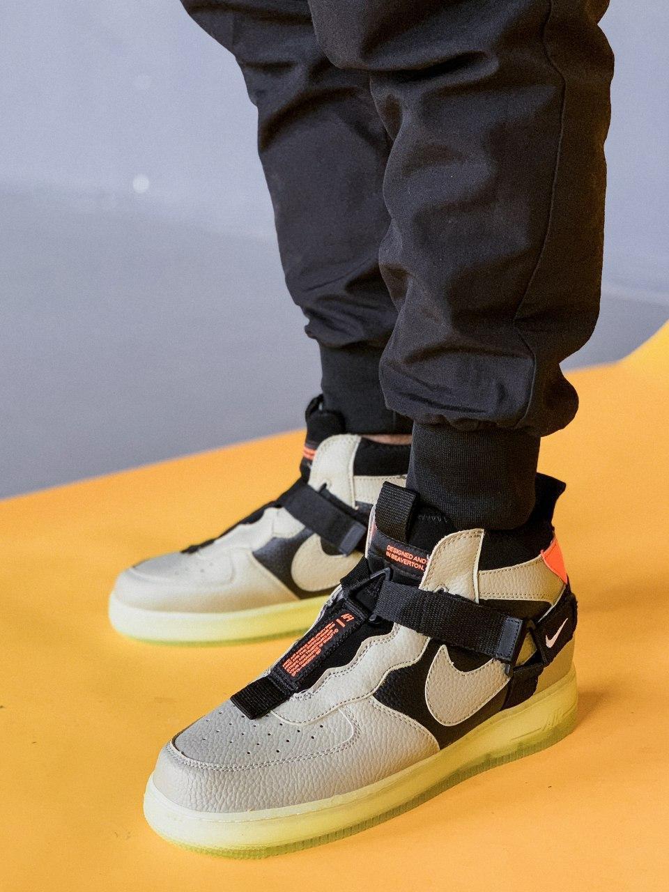 Кросівки чоловічі Nike Air Force Hight Neon SF