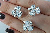 Набор серебряных украшений в форме цветка
