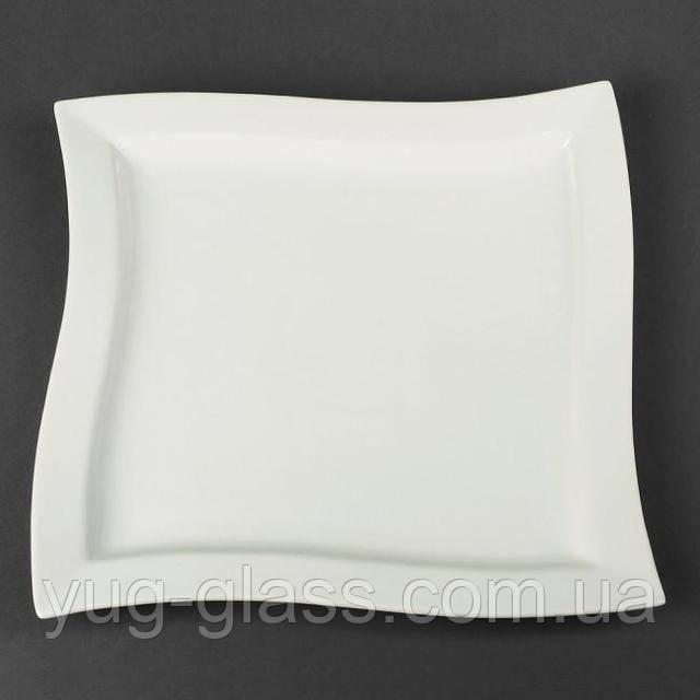 Блюдо белое квадратное