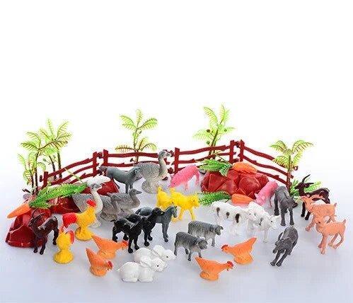 Игрушка - фигурки домашних животных