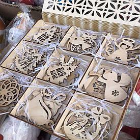 Игрушки на елочку из дерева ручная работа 27 шт в коробочке с ячейками для хранения