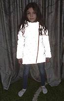 Детская теплая зимняя куртка для девочки рефлективная светоотражающая на зиму серая снежинки 10-11 лет, фото 2