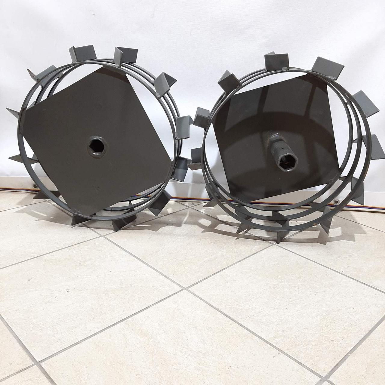 Колеса с грунтозацепами 450/150(Полоса 4*15мм) с осью 32/170мм мягкий ход Булат
