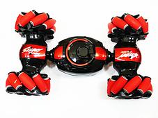 Машинка перевертыш STUNT HL-C019S на радиоуправлении, управление с руки, вращение 360°   Красный, фото 3