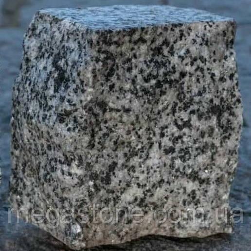 Бруківка гранітна Французька пилено-колота 100х100