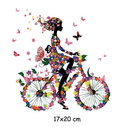 Термонаклейка на ткань Девочка на велосипеде в цветах