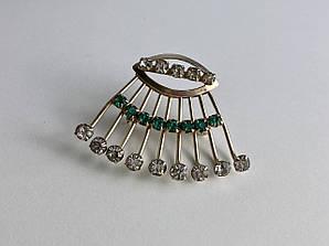 Серебряная брошь с ювелирным стеклом