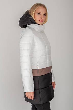Белая женская куртка с цветными полосками демисезон, большого размера от 42 до 52, фото 2
