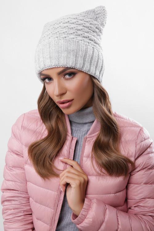 Модная женская шапка на флисе светло-серая