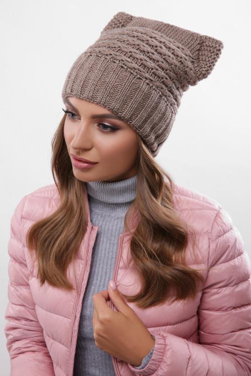 Модная женская шапка на флисе кофе