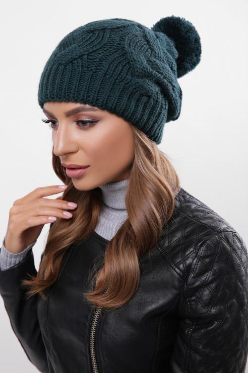 Женская шапка с узорами двойная вязка на 3/4 шапки темно-зеленая