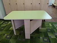 Стол-пенал для проведения игр и занятий дома или в детском саду, вмещает 4 ребенка, складной 43x18(100)x46 см