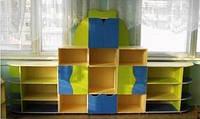 Игровая Стенка Волна для детсадов со столешницами, полками и ящиками для дидактических материалов 340х40х190см