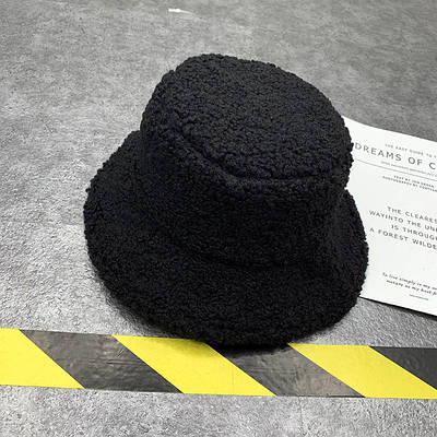 Панама плюшевая женская меховая теплая зимняя пушистая эко каракуль Черный