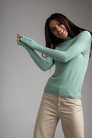 Базовый однотонный гольф с высокой горловиной с пуговичками на рукавах в 6 цветах в размерах S/M, L/XL.