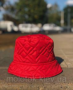 Зимова панамка червона