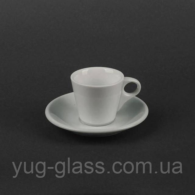 чашка для кофе белая с блюдцем