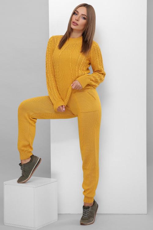 Легкий женский вязаный костюм, состоящий из брюк и свитера горчица 42-46