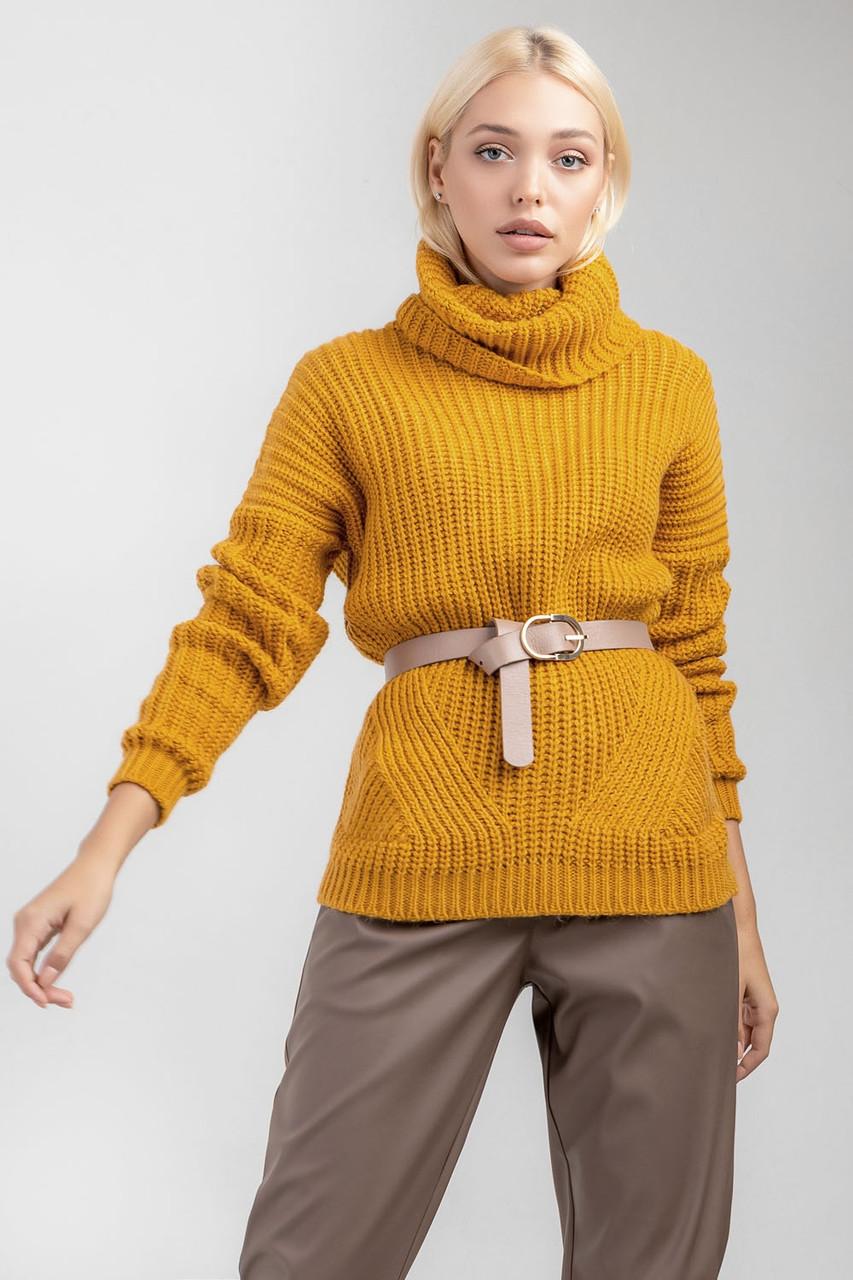 Уютный демисезонный свитер темно-желтый