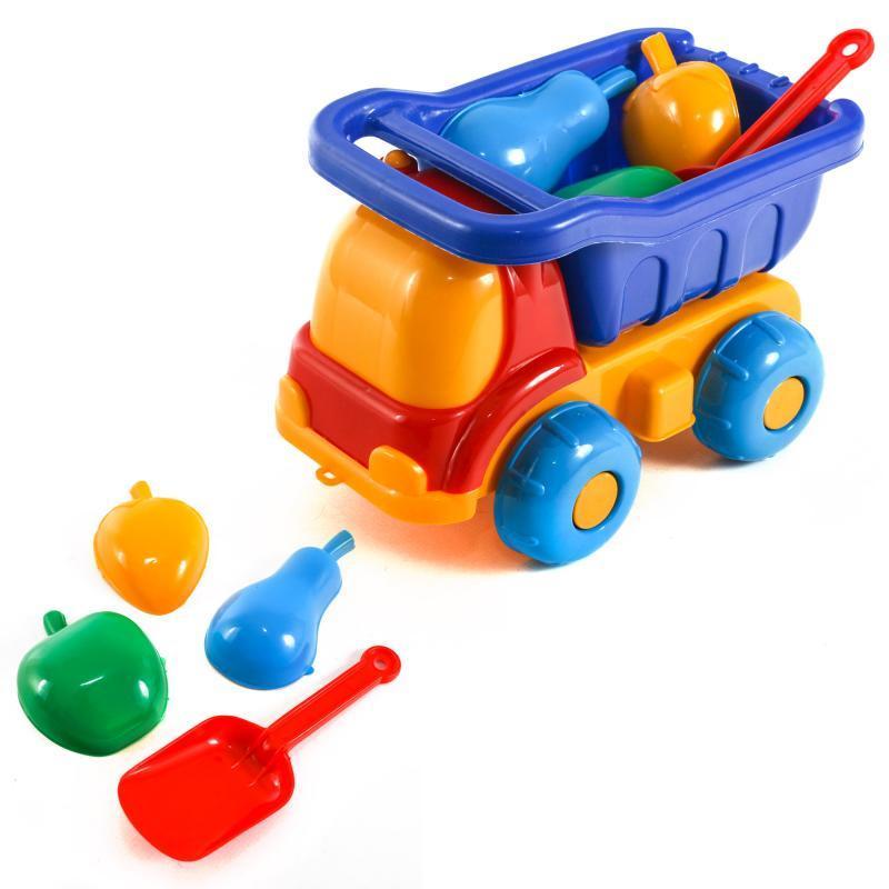 Детский набор: машинка, лопатка, три пасочки