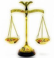Весы бронзовые на деревянной подставке 22см (18345)