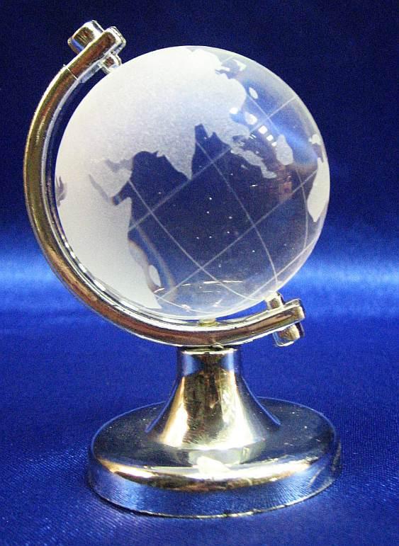 Глобус хрустальный белый 7х4,5х4,5см (20726) - Интернет-магазин «Идея Фикс» в Харькове