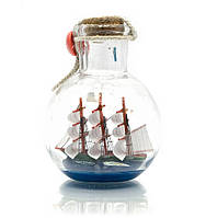 Парусник в бутылке 9х7х7см (23329)