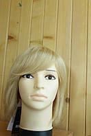 Жіночий парик з натуральних волосся. Блонд.