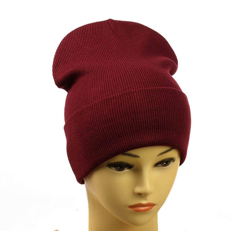 Трикотажна жіноча шапка бордовий