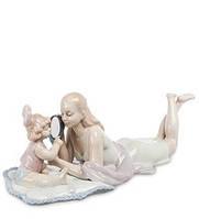 """Фарфоровая фигурка """"Мама с дочкой"""" (Pavone) JP-15/52"""