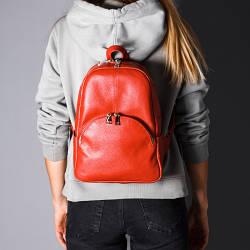 Рюкзак червоний шкіряний жіночий. колір шкіри можна будь-який. Виробник Україна