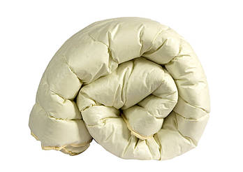 Одеяло двуспальное бежевого цвета с наполнителем искусственный лебяжий пух
