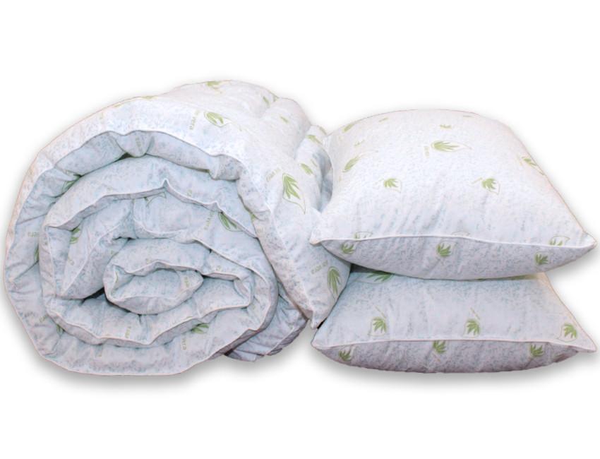 Одеяло двуспальное с узором и наполнителем искусственный лебяжий пух + 2 подушки 50х70 см